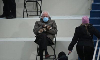 Foto Bernie Sanders di Pelantikan Joe Biden yang menjadi viral
