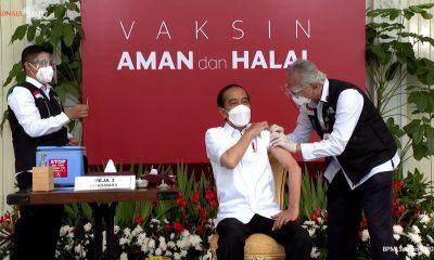 Jokowi Terima Vaksin COVID-19 Dosis Kedua