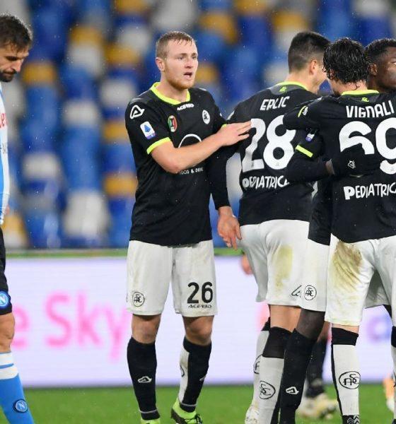 Napoli vs Spezia. Napoli menang 4-0