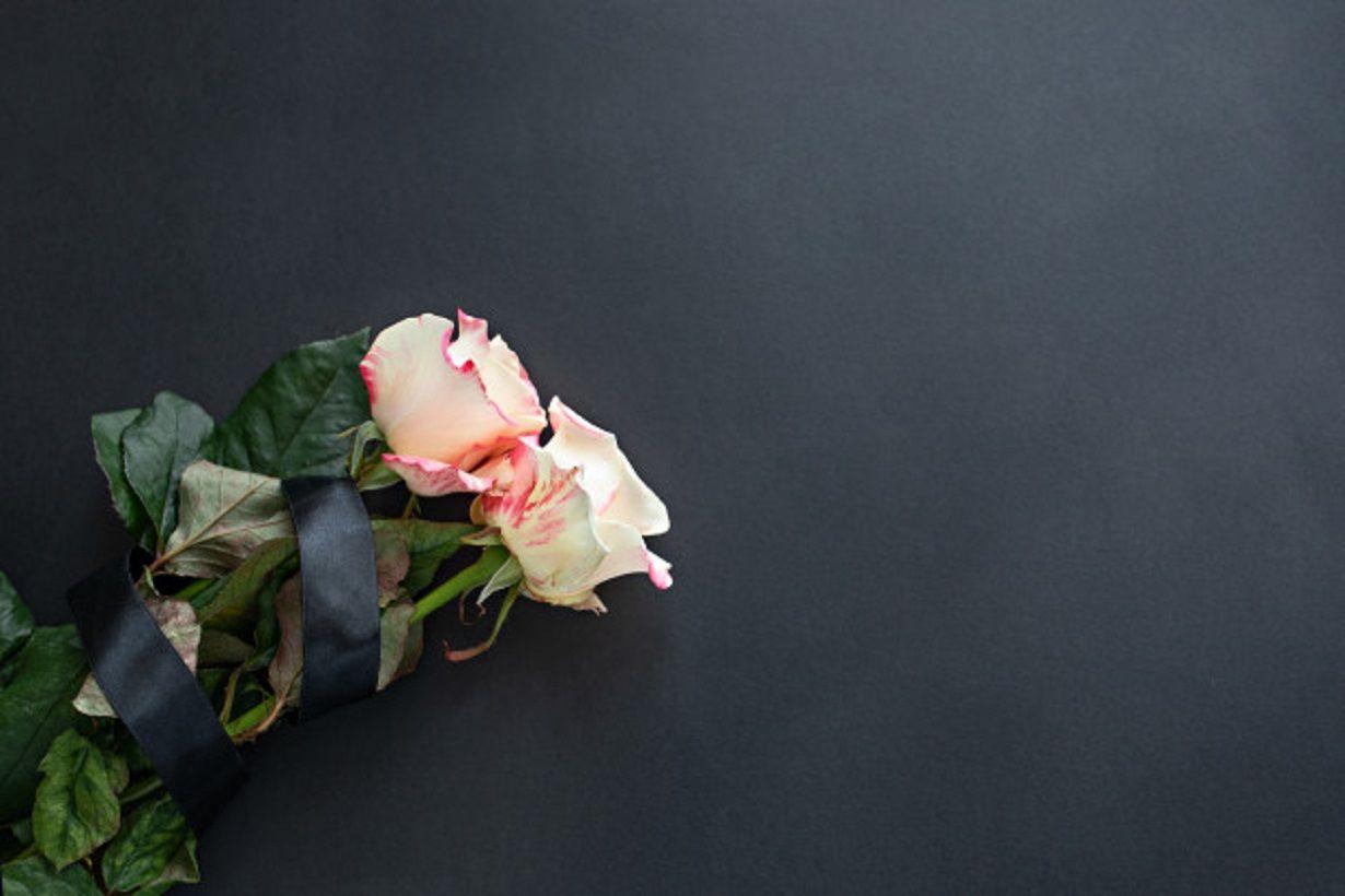 Ilustrasi bunga mawar. Nunuk Nuraini, peracik bumbu Indomie, meninggal dunia