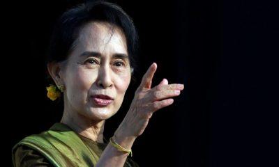 Aung San Suu Kyi ditahan militer